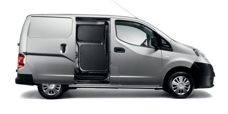 nv200-van-design-designed-for-maximum-loadability-LHD.jpg.ximg.l_8_m.smart